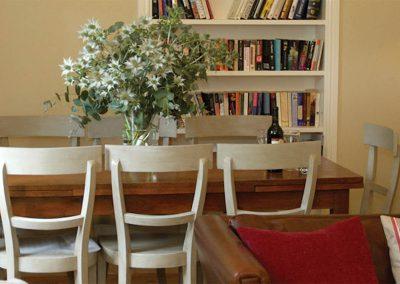 Coast Cottage – Dining Area