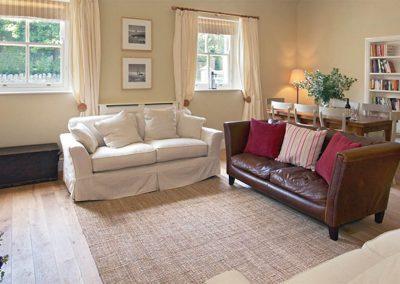 Coast Cottage – Lounge / Dining Room