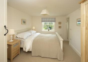 Coast Cottage – Bedroom 4