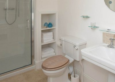 Coast Cottage – Master Ensuite