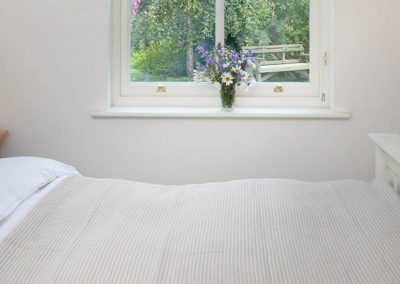 Coast Cottage – Bedroom 4 Detail
