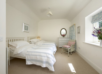 Coast Cottage – Bedroom 2