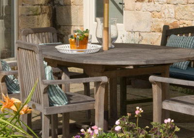 Swallow's End – Outdoor Table